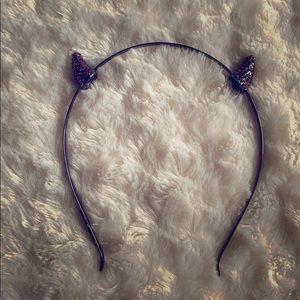 BCBG headband